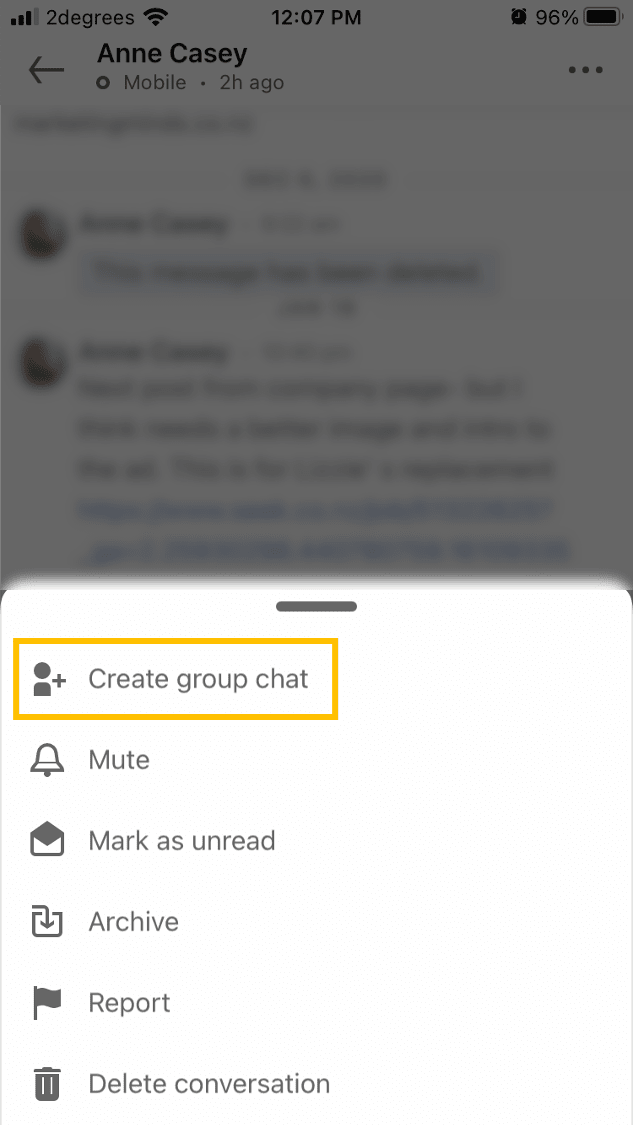 Training on LinkedIn: how to create a group chat